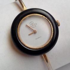 Ceas de dama vintage original Gucci Italy, placat cu aur inclusiv bratara - Ceas dama Gucci, Elegant, Quartz, Analog