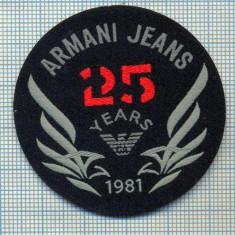 350 -EMBLEMA- ARMANI JEANS - BRAND RENUMIT DE IMBRACAMINTE -starea care se vede