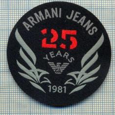 353 -EMBLEMA- ARMANI JEANS - BRAND RENUMIT DE IMBRACAMINTE -starea care se vede