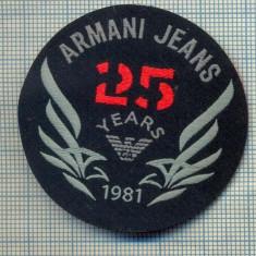 352 -EMBLEMA- ARMANI JEANS - BRAND RENUMIT DE IMBRACAMINTE -starea care se vede