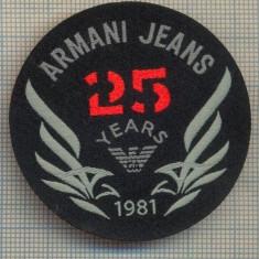 357 -EMBLEMA- ARMANI JEANS - BRAND RENUMIT DE IMBRACAMINTE -starea care se vede