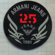 351 -EMBLEMA- ARMANI JEANS - BRAND RENUMIT DE IMBRACAMINTE -starea care se vede