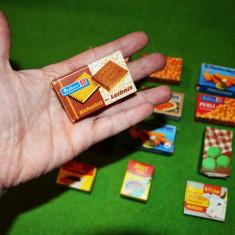 Lot 12 cutii de alimente miniaturi vintage 1960, colectie, vechi, din carton,