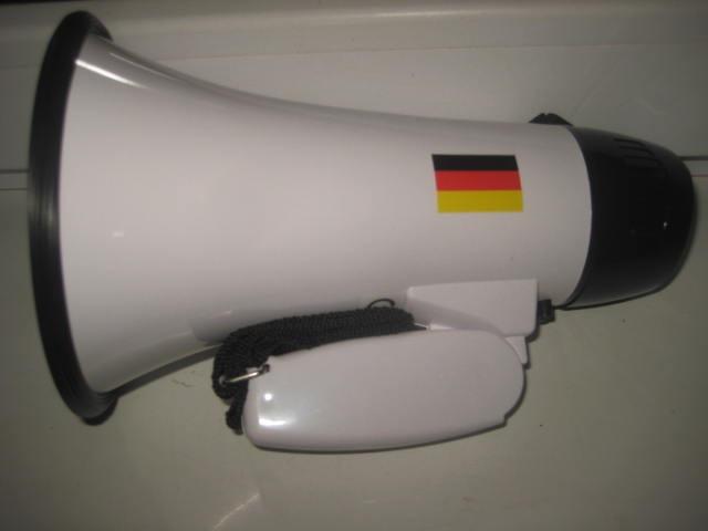 Megafon Germania nou cutie duble functii: megafon+ imn fotbal olle, 10 wati.