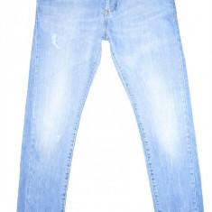 Blugi Conici BERSHKA - (MARIME: 30) - Talie = 81 CM, Lungime = 100 CM - Blugi barbati Bershka, Culoare: Albastru, Prespalat, Skinny, Normal