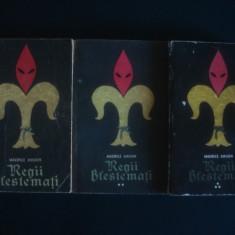 MAURICE DRUON - REGII BLESTEMATI 3 volume - Roman istoric