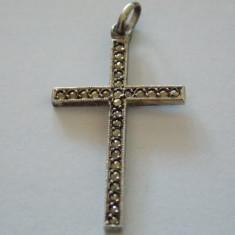 Pandantiv argint cruce marcasite -129