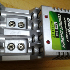 Energizer incarcator acumulatori - baterii