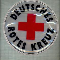 482 -EMBLEMA MARE -CRUCEA ROSIE-PARE FOSFORESCENTA-GERMANIA-starea care se vede