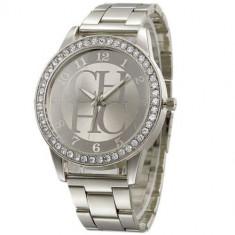 Ceas dama Geneva FASHION DESIGNER argintiu curea metalica cristale + cutie simpla cadou, Analog