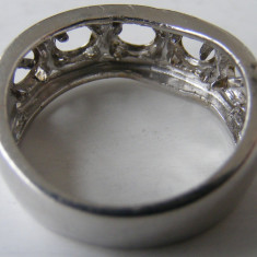 Inel masiv din argint defect