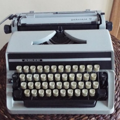 Masina scris mecanica ADLER Gabriele 10 - Masina de scris
