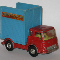 Corgi - Bedford Unit Chipperfields Circus