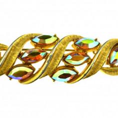 Brosa vintage decorata cristale Bohemia Aurora Borealis, model retro anii 1960 - Brosa Fashion