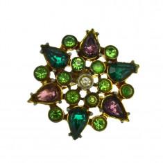Brosa vintage victorian revival, decorata cristale Bohemia, postbelica anii 1950 - Brosa Fashion