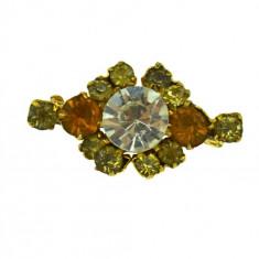 Brosa vintage decorata cristale Bohemia cogniac, inspiratie edwardiana, retro - Brosa Fashion