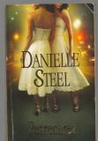 (C6600) DANIELLE STEEL - PETRECEREA