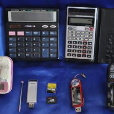 Lot obiecte electronice vechi DEFECTE! Calculator de birou, Incarcator, Stick.