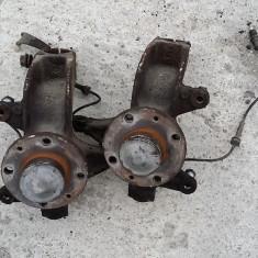 Fuzete fata cu rulmenti si senzori ABS Renault Megane 2 1.5 DCi - Fuzeta, MEGANE II (BM0/1_, CM0/1_) - [2002 - 2008]