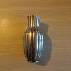 Vaza veche suflata cu argint -vintage