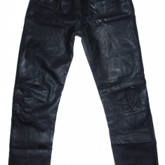 PANTALONI PIELE NATURALA - (MARIME: 31) - Talie = 82 CM / Lungime = 112 CM - Pantaloni barbati, Culoare: Negru