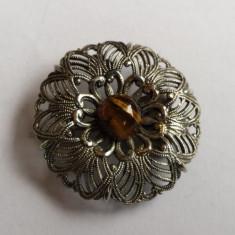 Eleganta si Frumoasa Brosa cu piatra Ochi de Tigru executata manual Vintage