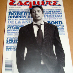 Revista ESQUIRE / Octombrie 2007 - Revista barbati