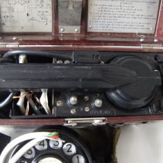 Telefon de campanie Romania TL 72, vechi+disc de apelare in husa, stare perfecta.