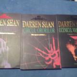 DARREN SHAN - CIRCUL ORORILOR + UCENICUL VAMPIRULUI + TUNELELE SANGELUI - 2008/9 - Carte de aventura