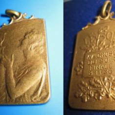 3.SPORT-BRELOCURI-INSIGNE VECHI. Medalie franceza-Crosul Soarelui- finala 1936.
