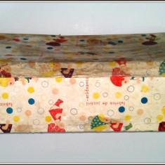 """Cutie carton """"fabrica de jucarii Aradeanca"""" pentru papusa mare"""
