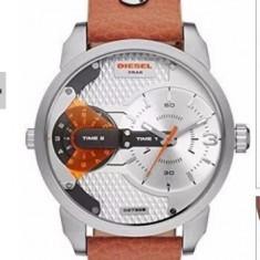 Ceas DIESEL ONLY THE BRAVE TIMEZONE DZ-7309 Oversize Army-Model 2015 - Ceas barbatesc Diesel, Sport, Quartz, Inox, Material textil, Cronograf
