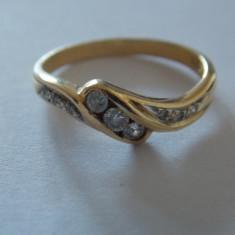 Inel aur 18k cu 9 diamante 0, 22 K - 453, Culoare: Galben