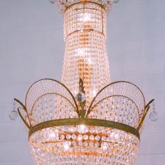 CANDELABRU MONUMENTAL DIN CRISTAL CU ALAMA - Corp de iluminat, Lustre