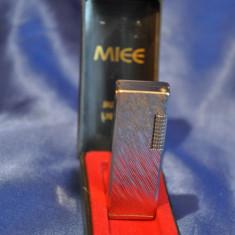 Bricheta Vintage MIEE - BUTAN LIGHTER. Bricheta veche pe gaz. De colectie! - Bricheta Zippo Marlboro, Tip: De buzunar