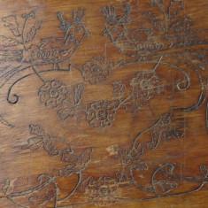 Tava din lemn model deosebit cu motive florale si pasari pirogravate !!!