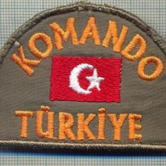 05 -EMBLEMA KOMANDO UNIFORMA MILITARA -TURCIA-starea care se vede