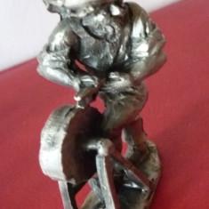 Statueta, figurina, metalica, Tocilar - Figurina/statueta