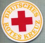 30 - EMBLEMA CRUCEA ROSIE -ROTES KREUZ- GERMANIA -MILITARA? -starea care se vede