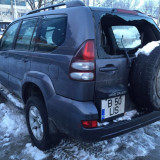 Dezmembrez Toyota Land Cruiser 3.0d automat 05-09