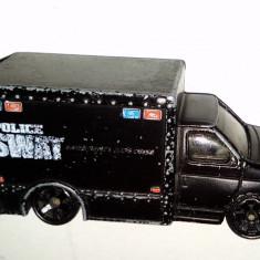 Macheta MATCHBOX Police Swat - FORD Box Truck - 1998 - Macheta auto Siku, 1:76