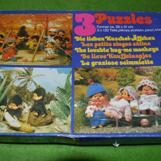 Cutie cu 3 puzzle de 120 buc fiecare, cu Monchhichi, Kiki, complet, vintage