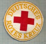 39 - EMBLEMA CRUCEA ROSIE -ROTES KREUZ- GERMANIA -MILITARA? -starea care se vede