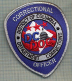 71 -EMBLEMA MANECA-OFFICER CORRECTIONAL-DISTRICT OF COLUMBIA-starea care se vede