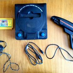 Consola Joc pe Televizor TV Sega TERMINATOR Functionala DISCHETE ANII 90 !!!!