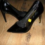 Superbi pantofi stiletto TED BAKER originali noi piele lacuita negru 40 !