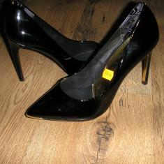 OFERTA! Superbi pantofi stiletto TED BAKER originali noi piele lacuita 40 ! - Pantof dama Ted Baker, Culoare: Negru, Piele naturala