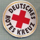 37 - EMBLEMA CRUCEA ROSIE -ROTES KREUZ- GERMANIA -MILITARA? -starea care se vede