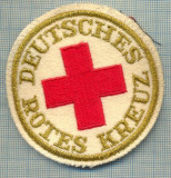 42 - EMBLEMA CRUCEA ROSIE -ROTES KREUZ- GERMANIA -MILITARA? -starea care se vede