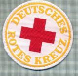 38 - EMBLEMA CRUCEA ROSIE -ROTES KREUZ- GERMANIA -MILITARA? -starea care se vede